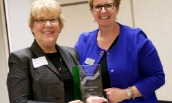 Park Bank of the Year with Peggy Tidwell-min
